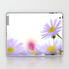 lone daisy I Laptop & iPad Skin