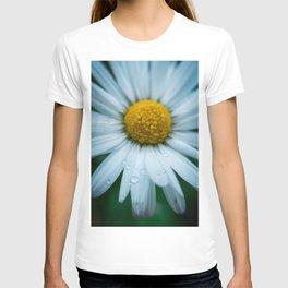 Flower Photography by Téo Leguay T-shirt