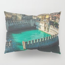 Catle in the water Pillow Sham