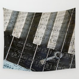 Piano Keys black and white - music notes Wall Tapestry