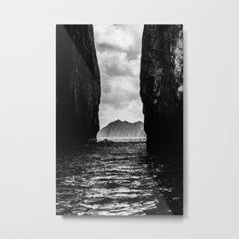 Diverge Metal Print
