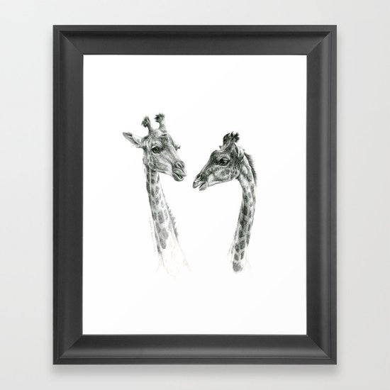 Giraffes love G055bis Framed Art Print