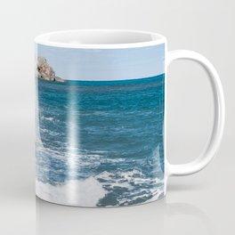 Crashing into rocks Coffee Mug