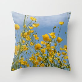 Smørblomst Throw Pillow