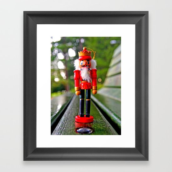 Park-bench Yuletide Framed Art Print