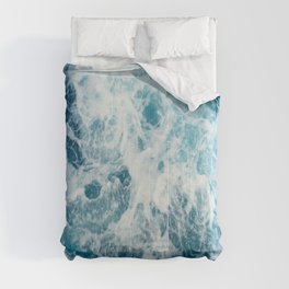 Blue Ocean Waves Crashing  Comforters