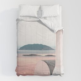 This is Greece Comforters