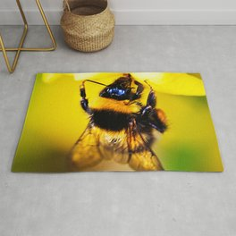 Bee on a Jasmine Rug