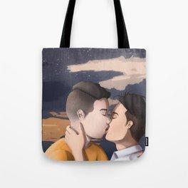 Kissing (BG) Tote Bag