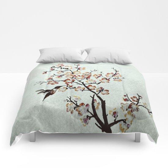 Delicate humming-bird Comforters