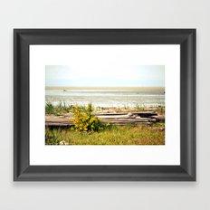 see the horizon break Framed Art Print
