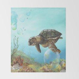 Green sea turtle swimming in ocean Throw Blanket