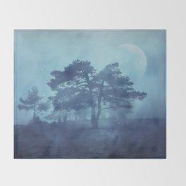 Mystic tree Throw Blanket