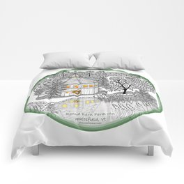 Round Barn Inn, Waitsfield, Vermont near Sugarbush- Zentangle illustration Comforters