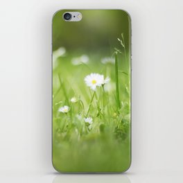 Flora calling iPhone Skin