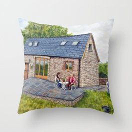 Ferns Barn, Herefordshire Throw Pillow