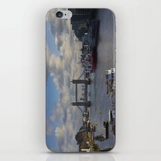 The River Thames iPhone & iPod Skin