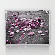 fallen breeze... Laptop & iPad Skin