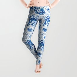 Silhouette of a beautiful horse's head with blue flowers Leggings