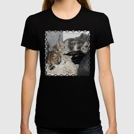 Bengal Cat Kitty Pile  T-shirt