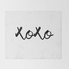 XOXO monochrome Throw Blanket
