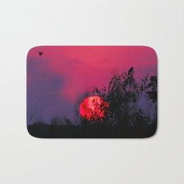 Blackbird sun set Bath Mat