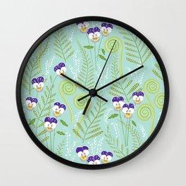 Love in idelness Wall Clock