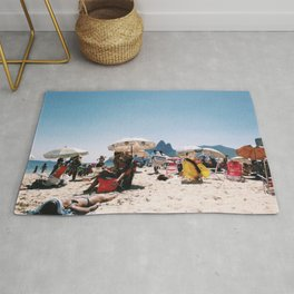 Ipanema beach in the middle of summer Rug