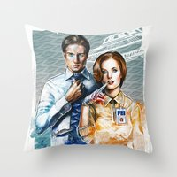 mulder Throw Pillows featuring Mulder and Scully by Tatiana Anor