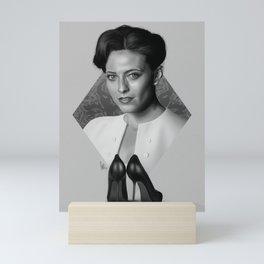 The woman who beat you Mini Art Print