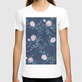 Pink tulips pattern on a dark background T-shirt
