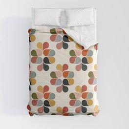 Retro geometry pattern Comforters