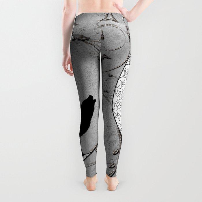 Moon mandala design with wolf Leggings