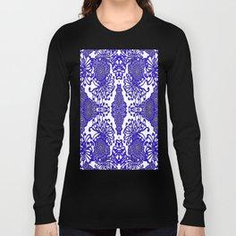 Vintage Blue-Purple  White Floral Spider Mums Art Long Sleeve T-shirt