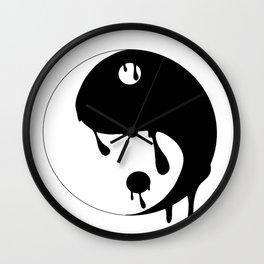 Yin's-Yang Wall Clock