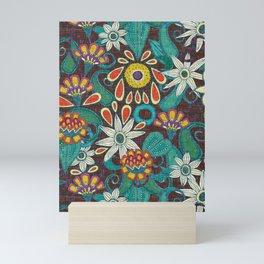 sarilmak Mini Art Print