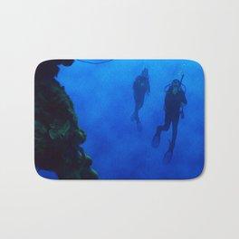 The Dive Bath Mat