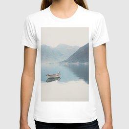 boat reflections ... T-shirt