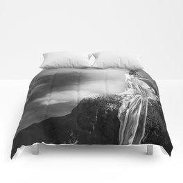 I am free Comforters