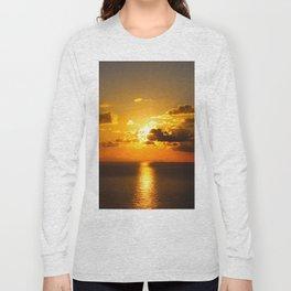 sunset on sea Long Sleeve T-shirt
