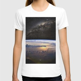 Space Station view of Planet Earth & Milky Way Galaxy T-shirt