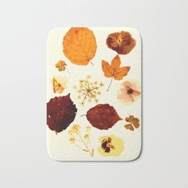 Pressed flowers and leaves Bath Mat