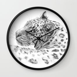 Leopard - Glance back Wall Clock