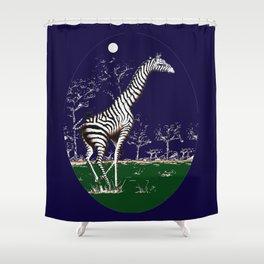 Girafe à la nuit Shower Curtain