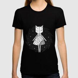 Halloween Story - Voodoo Cat Doll T-shirt