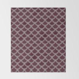 Cranberry Scallops Throw Blanket