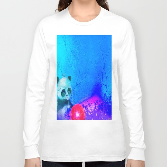 Baby panda plays with its balloon Long Sleeve T-shirt