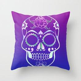 Love Skull (violette gradient) Throw Pillow