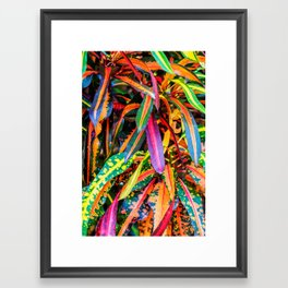 SIMPLY LEAVES Framed Art Print