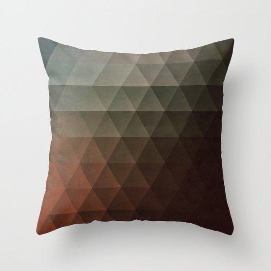 tryst lyss Throw Pillow